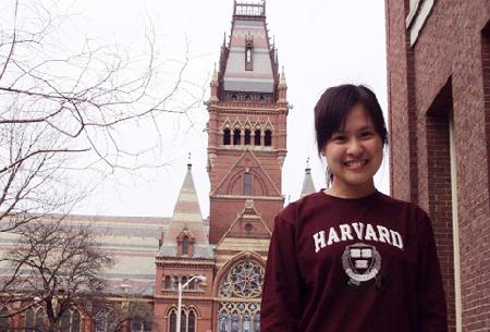 Nữ sinh Việt học xuất sắc tại ĐH Harvard