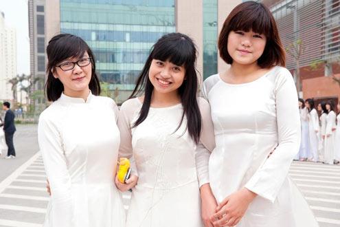 Nữ sinh Việt từ chối ĐH Harvard