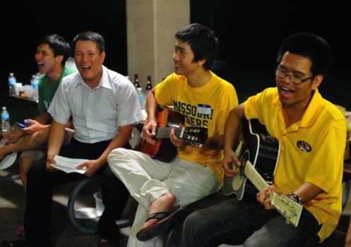 Hội Thanh niên-Sinh viên Việt Nam tại Missouri chào đón năm học mới