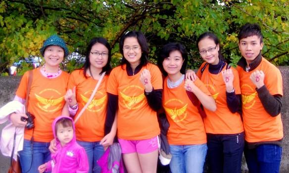Du học sinh tham gia đi bộ gây quỹ phòng chống ung thư ở Boston