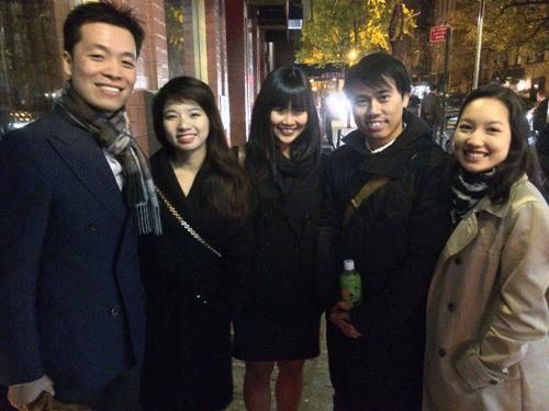 Người Việt trẻ tại New York họp mặt mừng lễ Tạ ơn