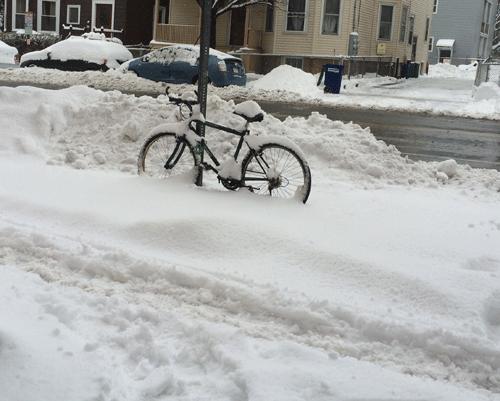 """Xe đạp... """"cô đơn"""""""