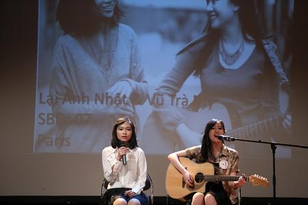 """Ấn tượng đêm chung kết """"Tìm kiếm tài năng trẻ 2014"""" của DHS Việt tại Pháp"""