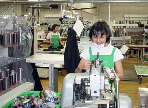 Cử nhân đại học xuất khẩu lao động làm công nhân thuỷ sản