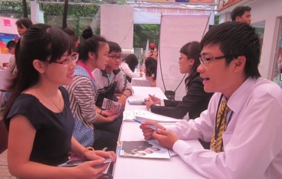 72.000 cử nhân, thạc sĩ thất nghiệp: Hệ lụy… được cảnh báo từ 10 năm trước