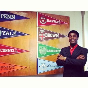 Một học sinh được tất cả tám trường Ivy League nhận