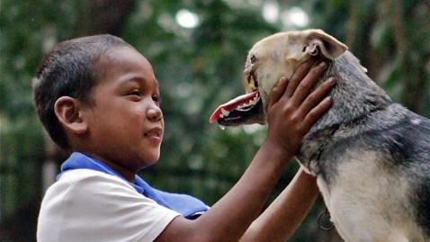 Huyền Chip bày tỏ về việc ăn thịt chó của người Việt