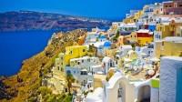 Đảo Santorini, Hy Lạp. (Nguồn: Yahoo.com) Các biên tập viên của nhà xuất bản sách hướng dẫn du lịch lớn nhất thế giới Lonely Planet đã tiên đoán rằng Hy...