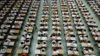 """Đây là """"nơi thời gian ngưng đọng"""" – một nhà báo nhận xét về kỳ thi Cao khảo ở Trung Quốc như vậy, bởi đề thi luôn rất đặc sắc,..."""