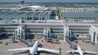 Chính quyền Mỹ lên kế hoạch tăng cường an ninh tại một số sân bay ở châu Âu và Trung Đông có chuyến bay thẳng đến Mỹ, do lo ngại...