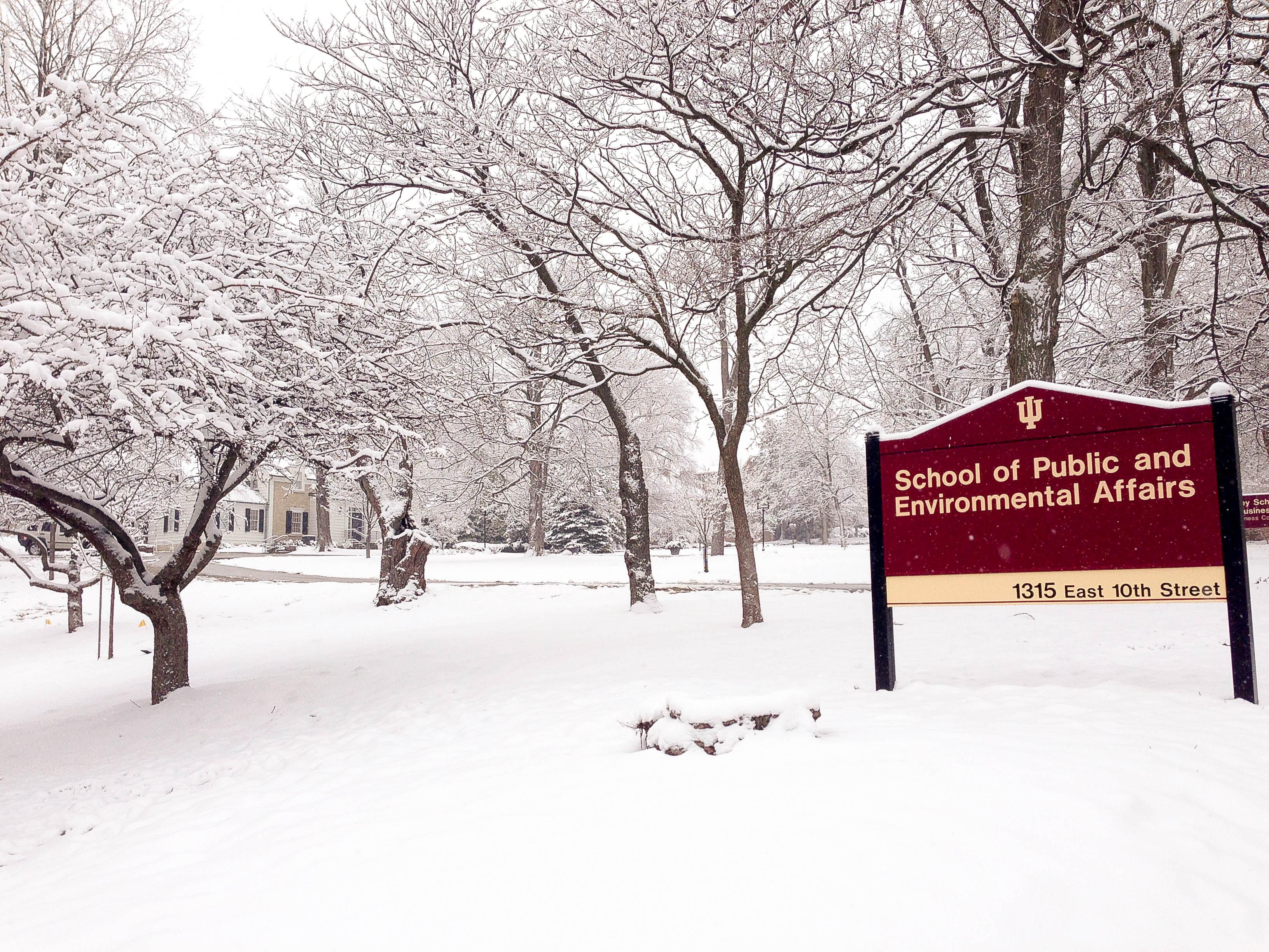 Khoa Chính sách công và Môi trường của trường Indiana Bloomington, ngành được xếp thứ 2 trong các trường ĐH tại Mỹ (USNews)