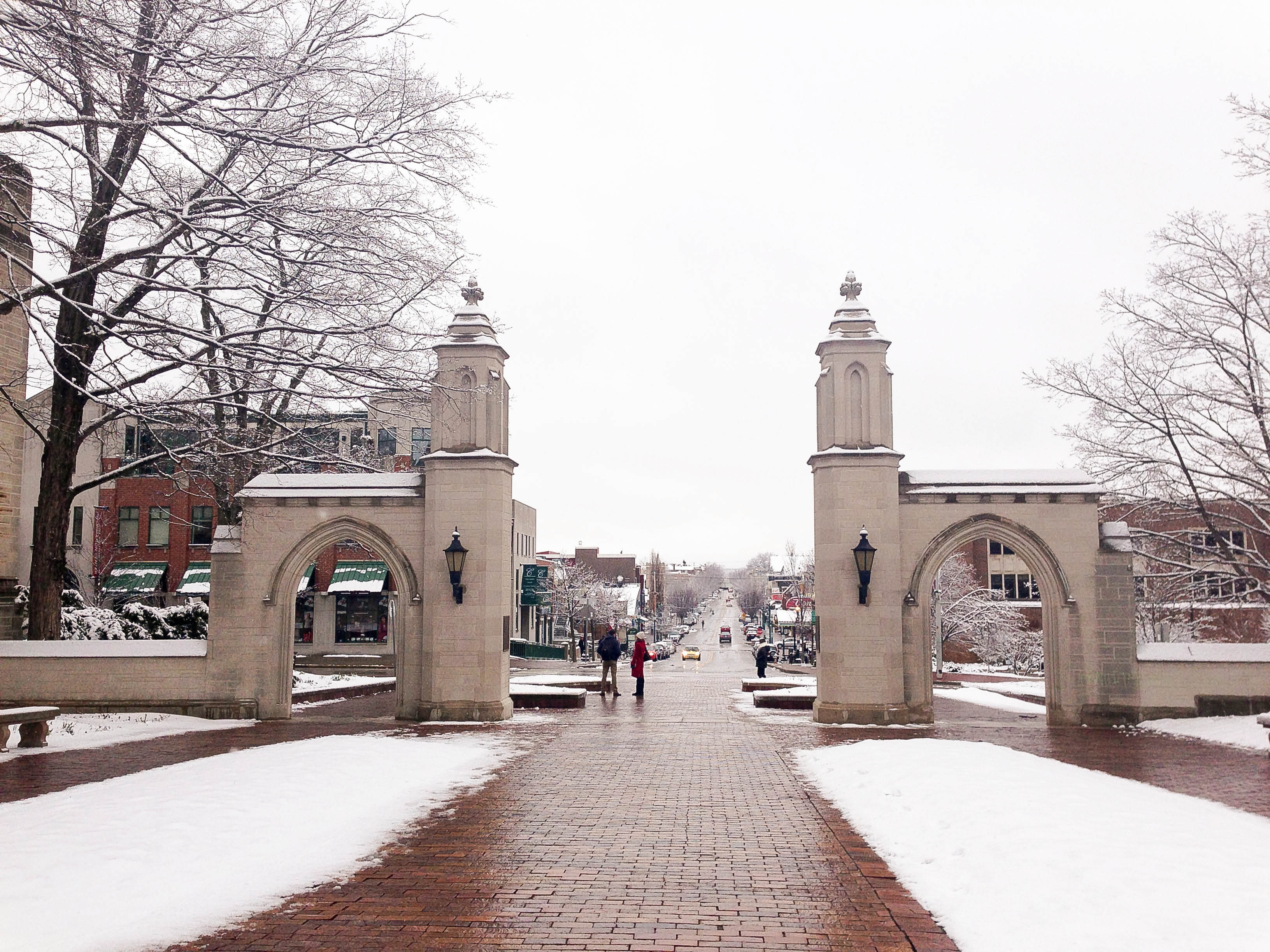 Sample Gate, hình ảnh thân quen của tất cả những ai đã từng gắn bó với IU Bloomington