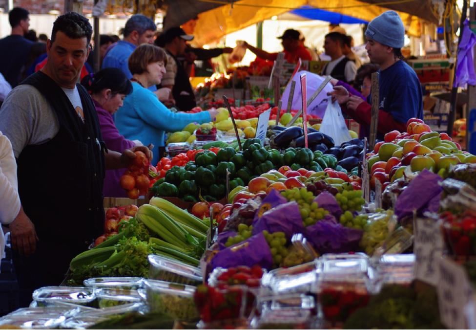Haymarket – chợ trời họp vào mỗi thứ 6 và thứ 7 hàng tuần ở khu trung tâm Boston (Ảnh: blog.saltmoney.org)