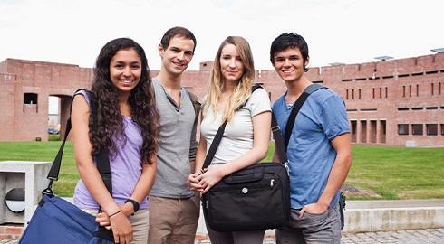 Chương trình học bổng Transform Together niên học 2014/15