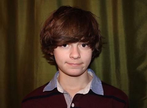 Cậu bé 14 tuổi được cả Apple và Google mời làm việc