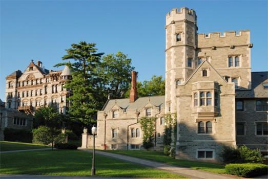 ĐH Princenton vượt qua Harvard, đứng đầu các trường hệ thống National Universities