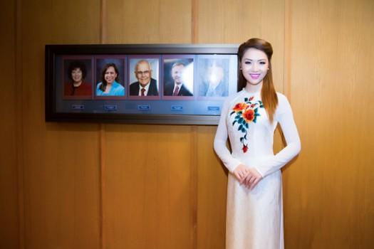Người đẹp gốc Việt được trao bằng khen tại Mỹ