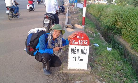 9X bỏ việc lương cao, đi xuyên Việt gây quỹ cho trẻ nghèo