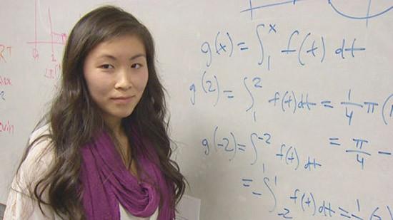 Những nữ sinh Việt học giỏi Toán nhất nhì trời Tây