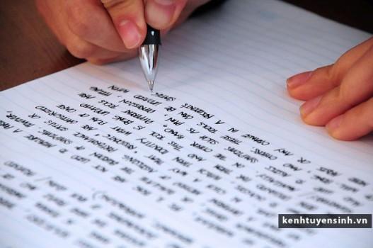 4 cách làm nổi bật bài luận xin học bổng