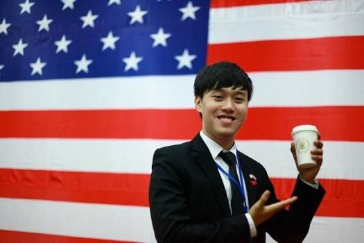 Bảng thành tích khủng của chàng SV Việt từng được gặp tổng thống Obama