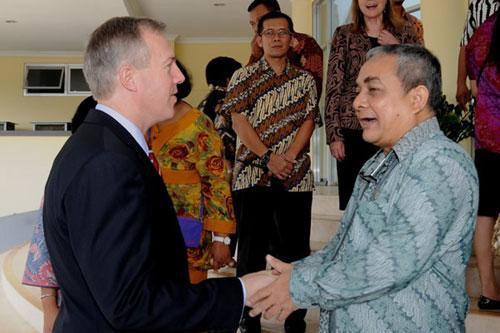 Mỹ bổ nhiệm ông Ted Osius làm đại sứ tại Việt Nam