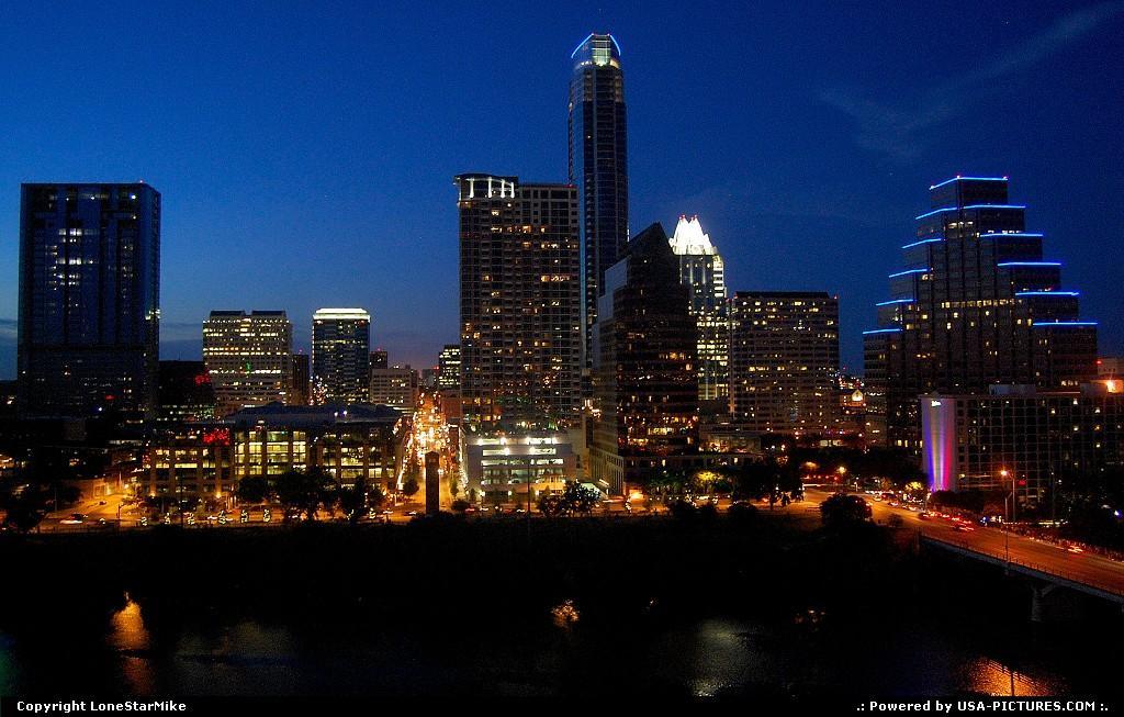 Texas- Đêm về rực rỡ tại Austin, Texas