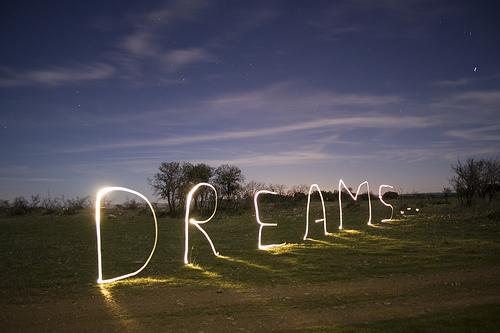 Thắp sáng khát vọng Việt – Thắp lên hy vọng cho những ước mơ