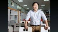 Một chiều thứ bảy cuối năm tại TP.HCM, tiến sĩ Đàm Quang Minh, hiệu trưởng đại học trẻ nhất ở Việt Nam, thả mình trên ghế trong một quán cà...