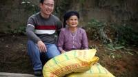 Ngoài việc giúp đỡ đồng bào khó khăn, những phần quà của Hội Thanh niên, Sinh viên Việt Nam tại Hoa Kỳ cho thôn Cửa Ngòi, Hội còn giúp đỡ những hoàn cảnh đặc biệt khó khăn khác ở Lục Yên như xã Khánh Hòa và An Lạc