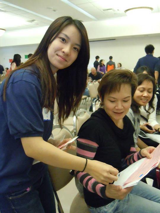 Hình chụp tình nguyện tại Health Fair, quận Cam, California