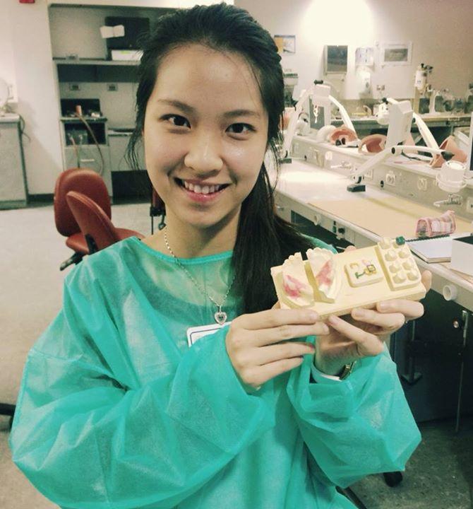 Sao Ly tại phòng thực hành kỹ năng nha khoa