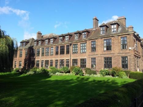 Học bổng toàn phần MBA của Đại học Hull, Anh 2015