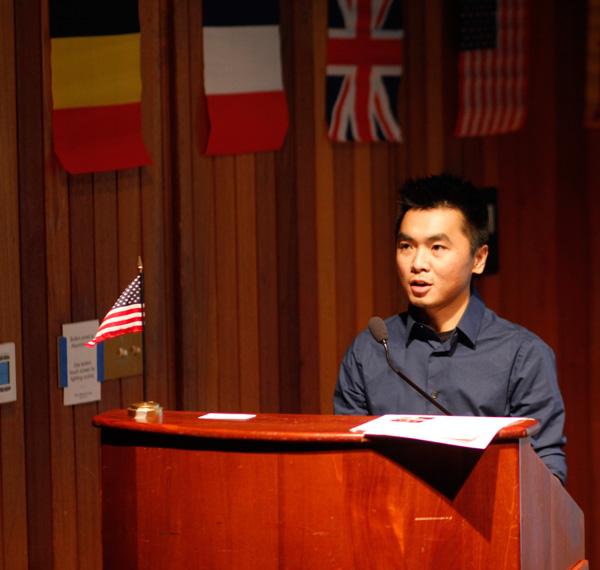 Huy Phạm phát biểu tại tuần lễ Giáo dục Quốc tế 2013