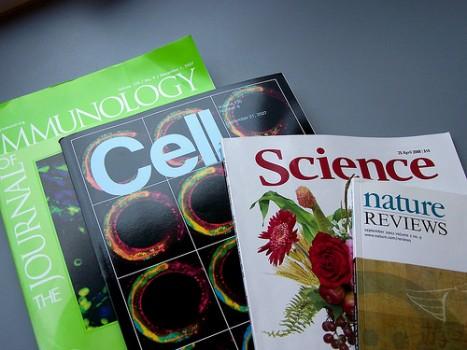 """""""Bí quyết"""" để được đăng bài trên các tạp chí khoa học"""