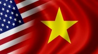 Ngoài việc thích nghi với cuộc sống cũng như môi trường học tập mới, nhiều bạn du học sinh Việt tại Mỹ cũng luôn trăn trở và khao khát được ăn món ăn quê hương. Tuy nhiên, ngày nay, đồ ăn Việt được bày bán khá nhiều tại Mỹ với nhiều hương vị đa dạng nơi quê nhà.