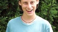"""Ben Pasternak, 15 tuổi, tới từ Sydney, Úc, chủ sở hữu của ứng dụng Impossible Rush đang được những """"ông lớn"""" như Facebook , Apple và Google tranh giành để được cậu về thực tập."""