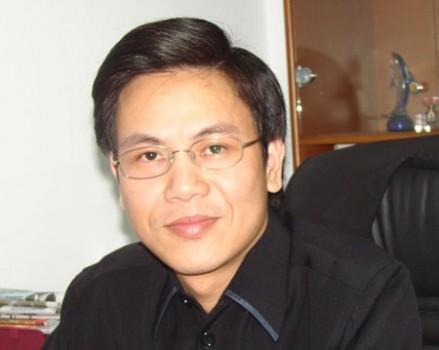 Ông Giản Tư Trung:Việt Nam thừa bằng, thiếu cả thầy lẫn thợ