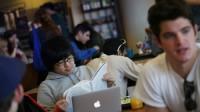 Giới thượng lưu Trung Quốc ngày càng muốn gửi con cái du học tại các quốc gia nói tiếng Anh, trong đó bậc đại học tại Mỹ và trung học...