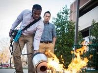 Sinh viên người Việt phát minh chiếc máy dập lửa bằng âm thanh