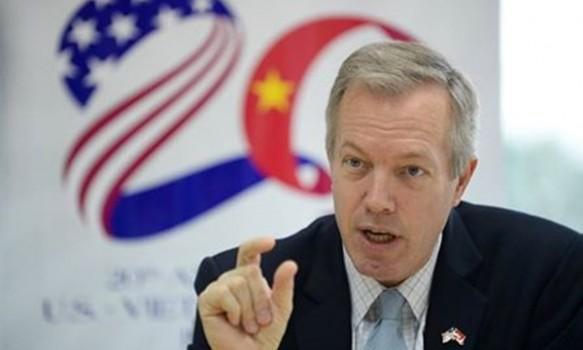 Sinh viên Việt hoan hô Đại sứ Mỹ dẫn lời Bác Hồ dạy