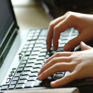 10 hướng dẫn viết luận trực tuyến cần thiết cho sinh viên