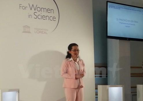 Lần đầu tiên một nhà khoa học nữ Việt Nam nhận giải của UNESCO