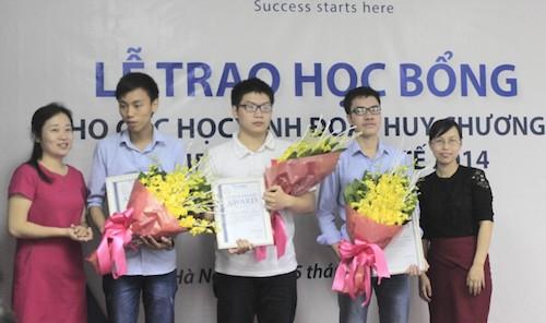 Ba 'chàng trai vàng' Toán học Việt Nam muốn du học Mỹ