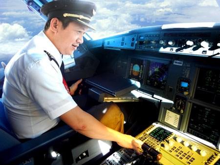 Một mình sang Mỹ tự túc học lái máy bay