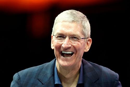 Tim Cook là CEO được trả lương cao nhất Mỹ