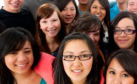 Trường Mỹ đề cao đa dạng, mọt sách châu Á bị từ chối