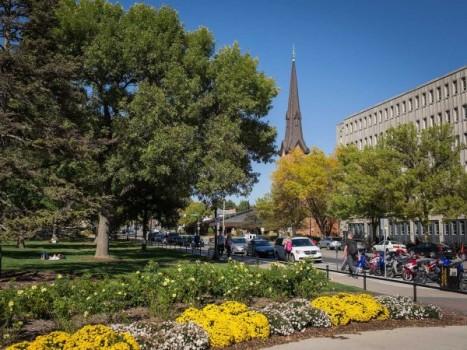 10 thành phố nhỏ nhưng tốt nhất cho người có học thức tại Mỹ