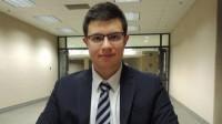 8 tuổi mới bắt đầu học tiếng Anh, 10 năm sau cậu học sinh Stoykov được 8 trường danh giá nhất nước Mỹ mời học. Stefan Stoykov vừa được cử...