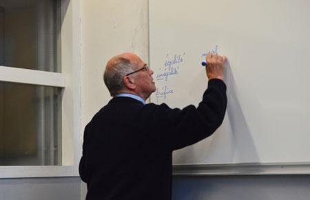 Ở Pháp, Thầy Giáo Nói Gì Trong Buổi Họp Đầu Năm